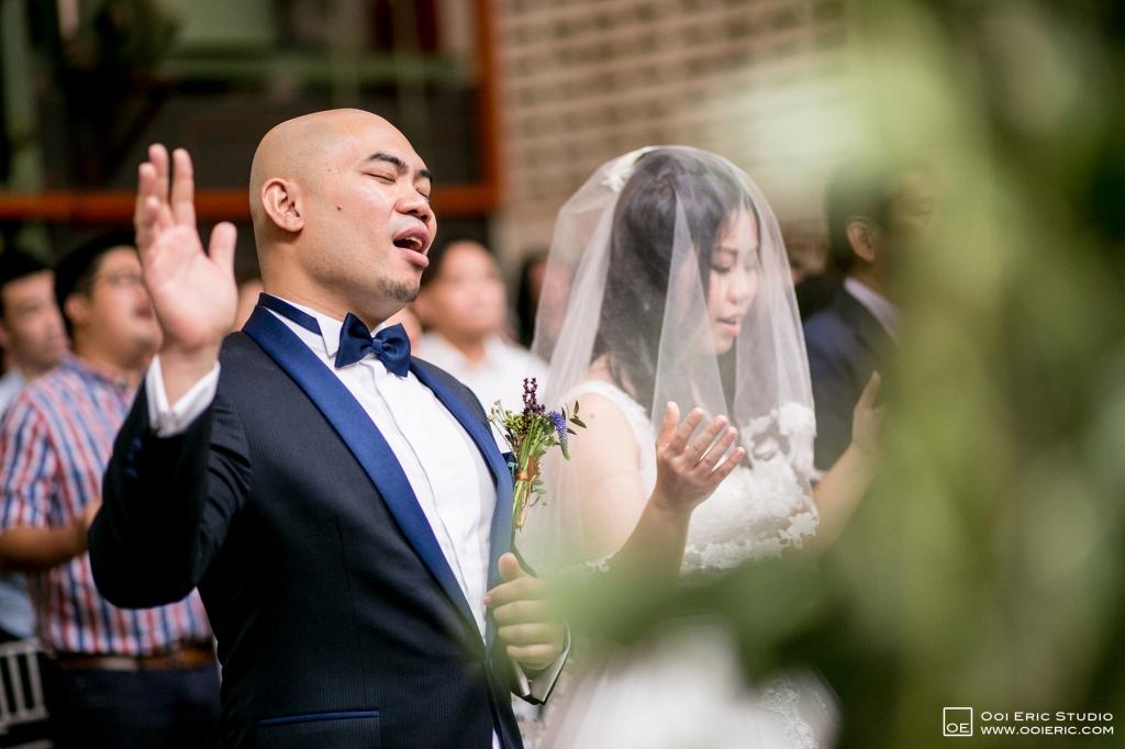 Liang-Pojoo-LiangPojooRingOnIt-Whup-Whup-Restaurant-Cafe-Couple-Portrait-Prewedding-Pre-Wedding-Ceremony-Day-Engagement-Photography-Photographer-Malaysia-Kuala-Lumpur-Ooi-Eric-Studio-24